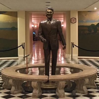 Sacramento_capitol_RonaldReagan