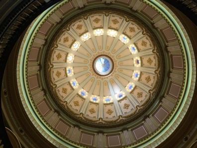 Sacramento_capitol_rotunda