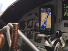 Seaplane_cockpit_navigation