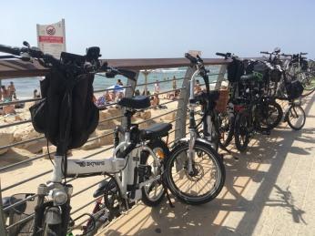 TelAviv_bikes_beach