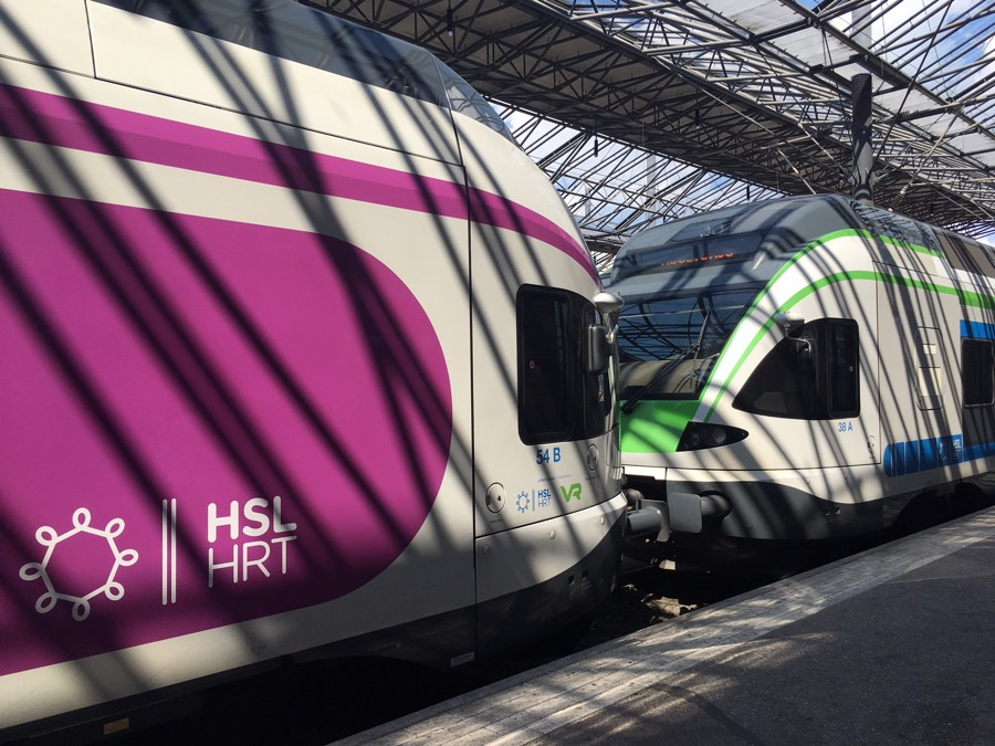 Helsinki_trains