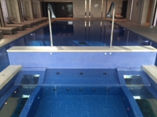IC_O2_pool_front