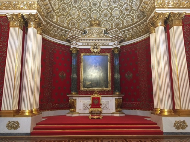 SaintPetersburg_Hetmitage_throne