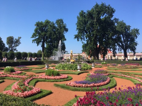 SaintPetersburg_Peterhof_garden