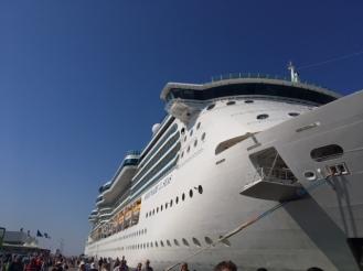 SerenadeOfTheSeas_ship_Helsinki