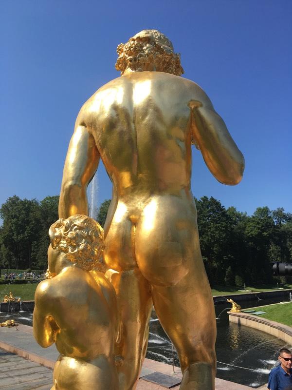 SaintPetersburg_nudity_gold