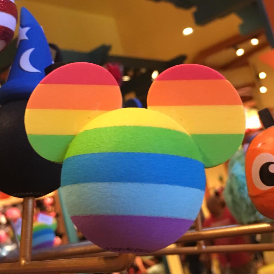 LA_Disney_rainbow