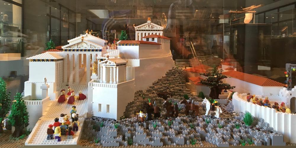 Lego_Acropolis_frontview