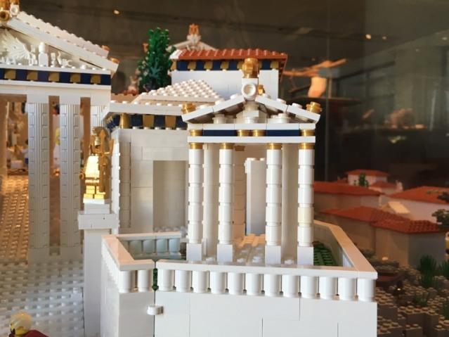 Lego_Acropolis_Nike