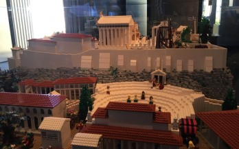 Lego_Acropolis_theatre