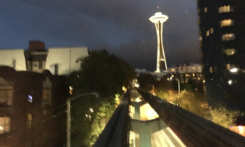 Seattle_Monorail_SpaceNeedle