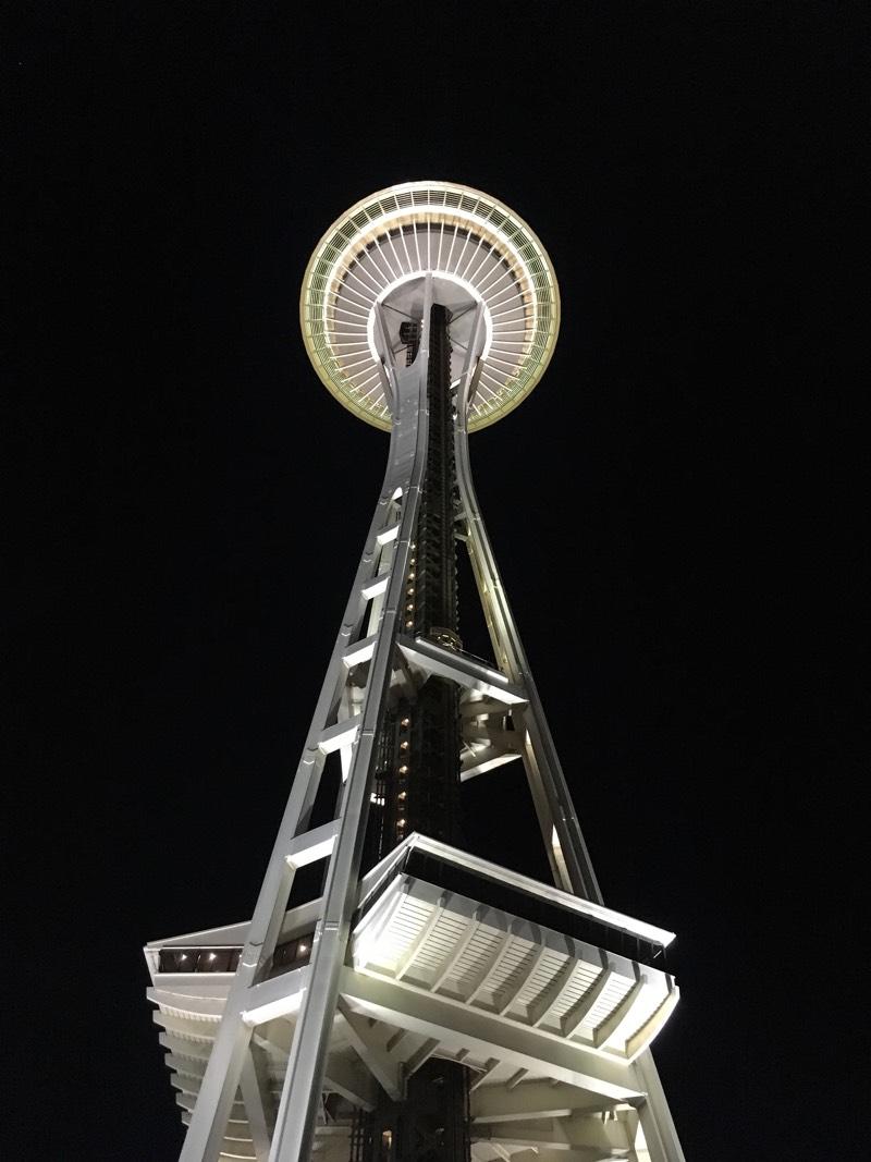 Seattle_SpaceNeedle_night