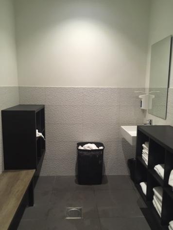 VDV_HotelHoorn_changingroom