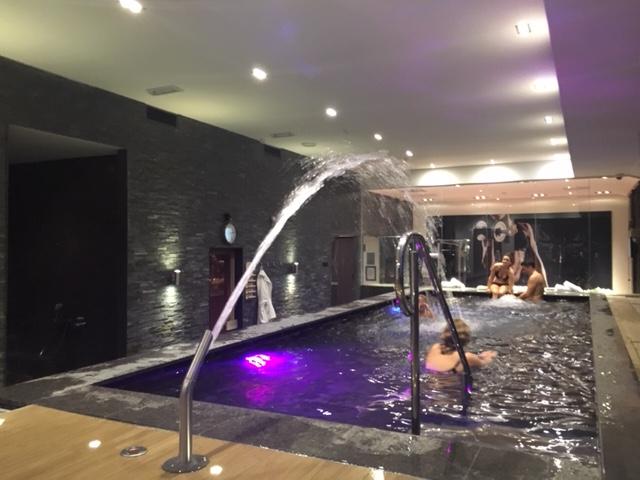 VDV_HotelHoorn_waterjet