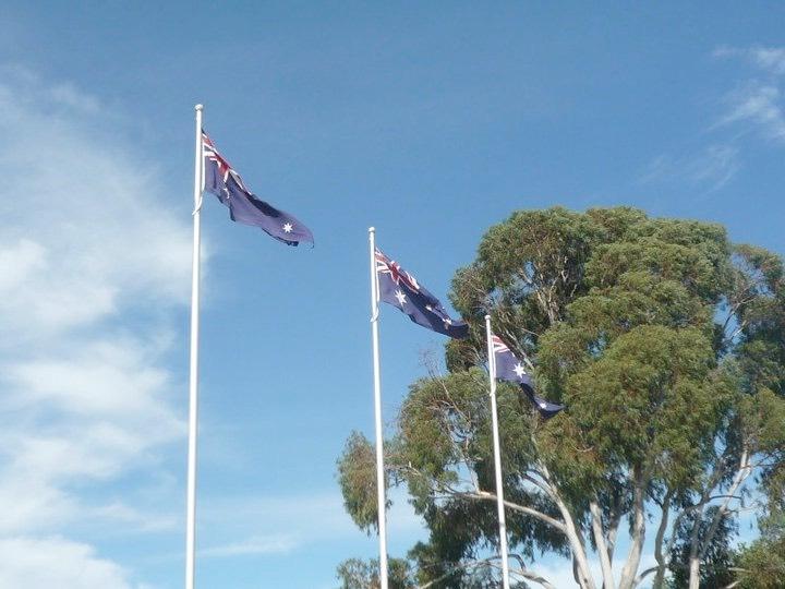 Australia_flags