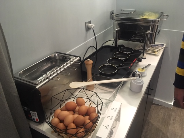 MercureParis_eggs