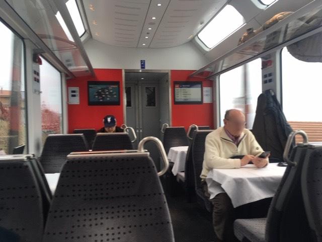 GoldenPass_Zentralbahn02_dining