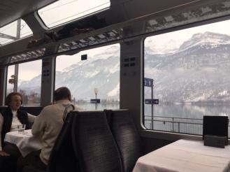 GoldenPass_Zentralbahn03_lake