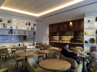 CrownePlaza_London_KingsCross_lounge_overview