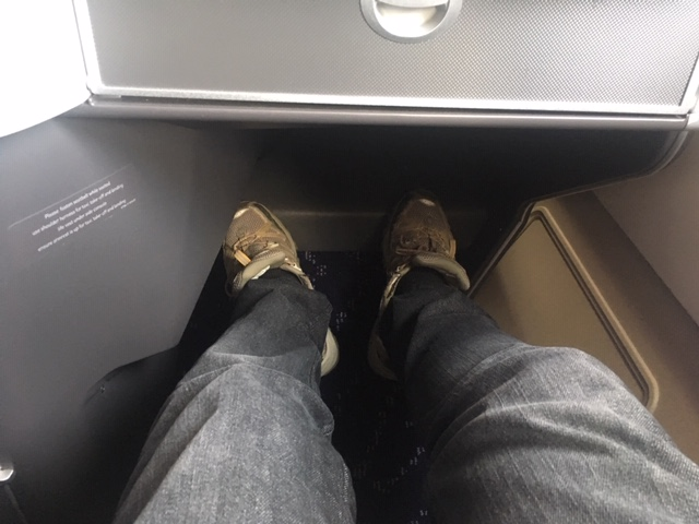 SN_2019_BoutiqueHotel_businessclass_legroom