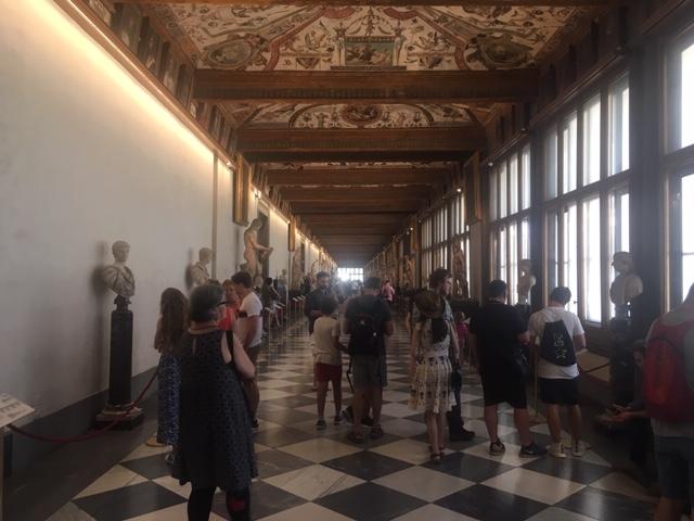 Uffizi_corridor