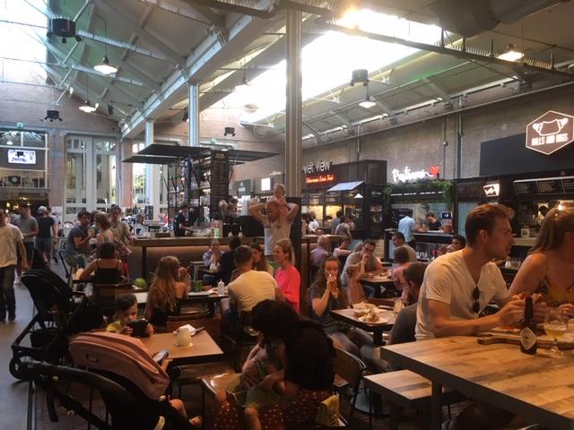 DeHallen_Amsterdam_Foodhallen_overview