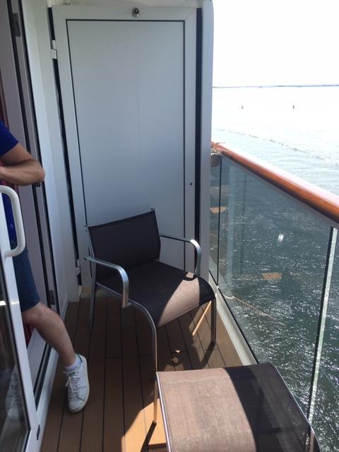 MSCSinfonia_cabin_balcony