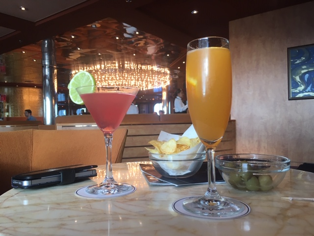 MSCSinfonia_food_cocktail