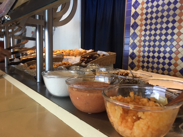 MSCSinfonia_food_Terrazza_breakfast