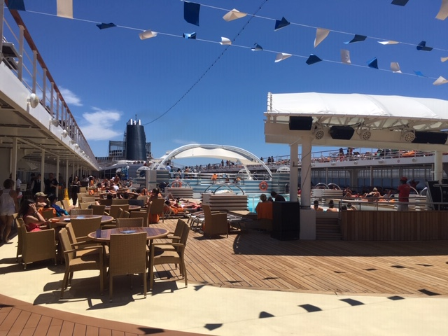 MSCSinfonia_ship_Capri