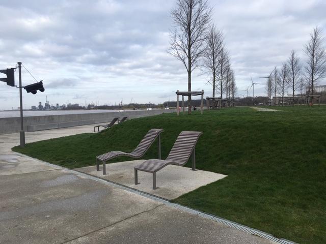 Antwerp_walks_Droogdokkenpark
