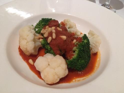 03_MajesticPrincess_food_broccoli