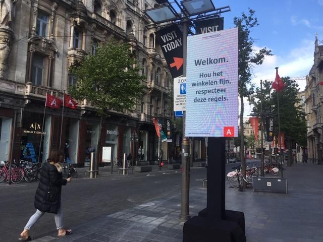 11May_Antwerp_Meir_trafficsign