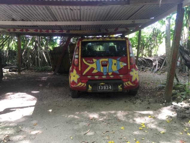 Vanuatu_PortVila_Russian_car